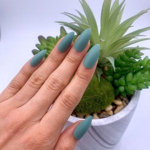 Nail Tips in Color: GI Jane - Army Green
